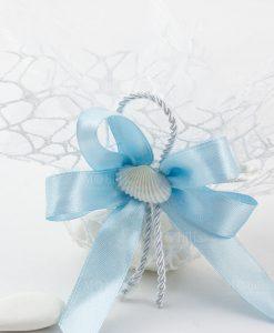 sacchetto portaconfetti rete fiocco a 4 azzurro corodncino bianco e conchiglia naturale