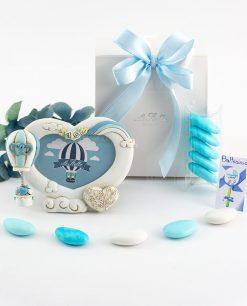 bomboniera portafoto cuore con rose magnete mongolfiera azzurra