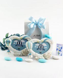 bomboniera portafoto cuore con rose magnete mongolfiera azzurra decori assortiti