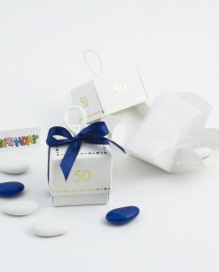 scatolina cubo-con-confetti-50-anni-con-nastrino-blu